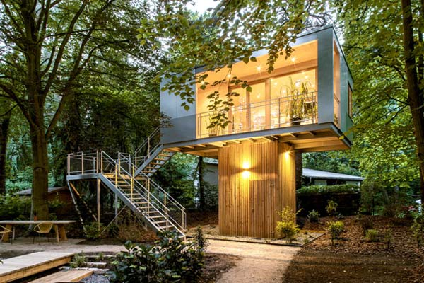 Photo of a modern house design called the Treehouse